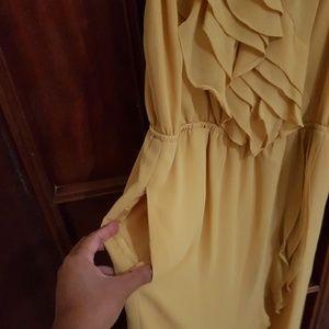 BCBGeneration Dresses - BCBGeneration Buttercream Dress